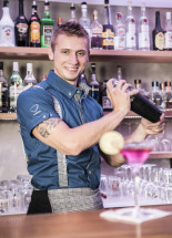 Martin<br/><span>Barman</span>